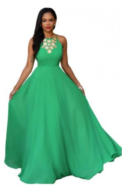 Rochie lunga si vaporoasa, verde, cu spatele gol