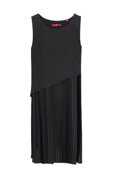 Rochie neagra cu pliseuri