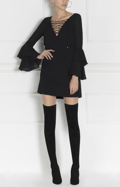 Rochii de revelion: rochie scurta neagra