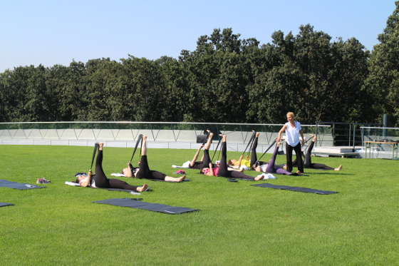 yoga la stejarii country club