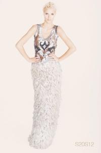 designer vestimentar Elena Perseil