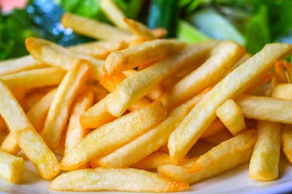 cartofii prajiti daunatori sanatatii - motive ca sa nu mananci cartofi prajiti