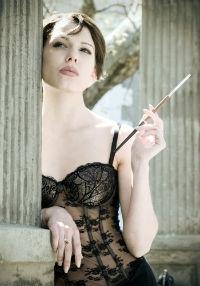 10 minciuni spuse de femeile slabe - Este foarte comod corsetul acesta