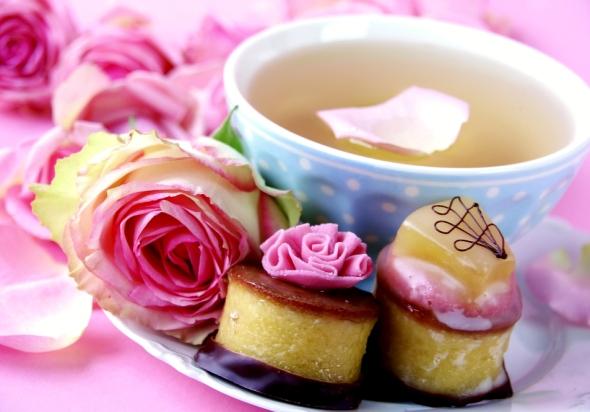 mic dejun romantic: desert savuros in doi