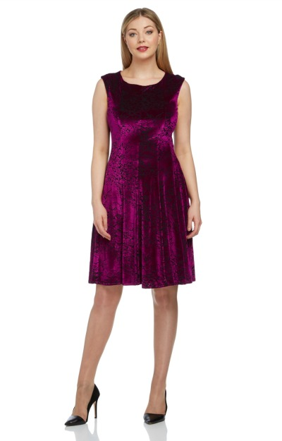 Rochii de Revelion: rochie din catifea