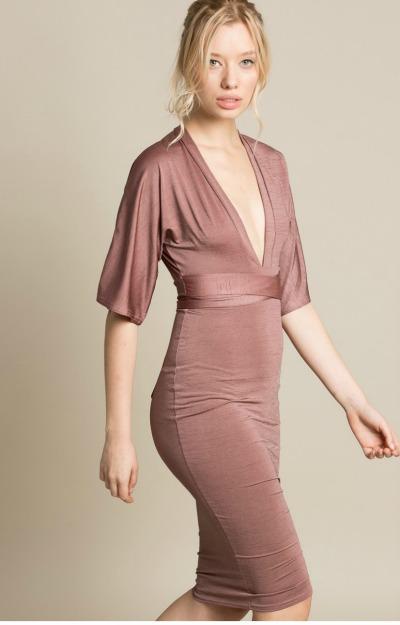Rochii elegante: rochie din tricot cu decolteu in V