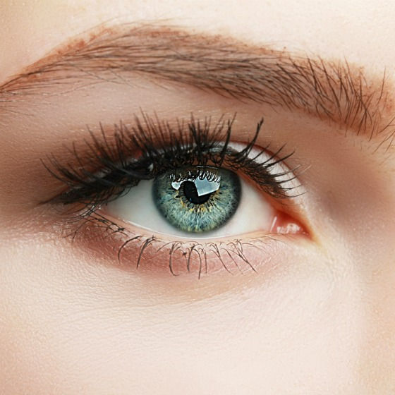 dă ochii oamenilor miopie și