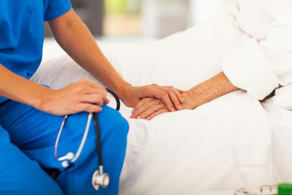 minciuni despre tratamentele naturiste privind cancerul