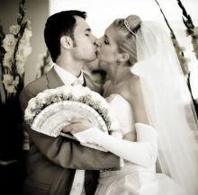 semnificatia sarutului mirilor