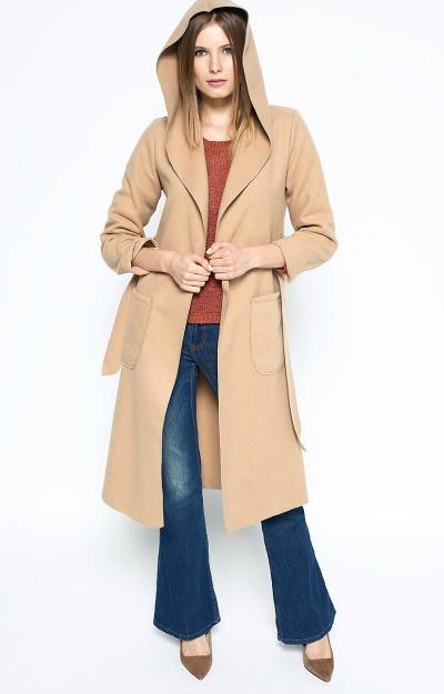 Paltoane cu gluga: Palton lung crem