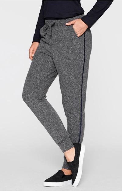 Pantaloni grosi: Pantaloni casual