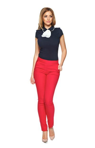 Pantaloni rosii din material elastic