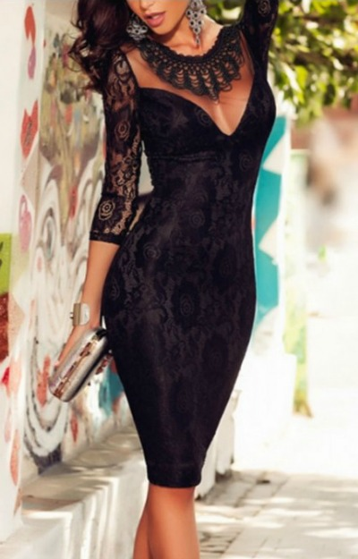 Rochii din dantela: Rochie neagra cu spatele gol