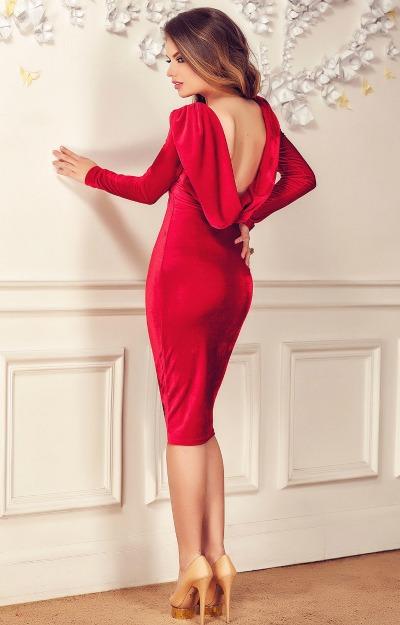 Rochii de seara: Rochie rosie cu spatele gol