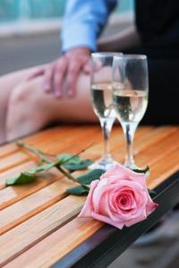 Care este diferenta dintre logodna si concubinaj?