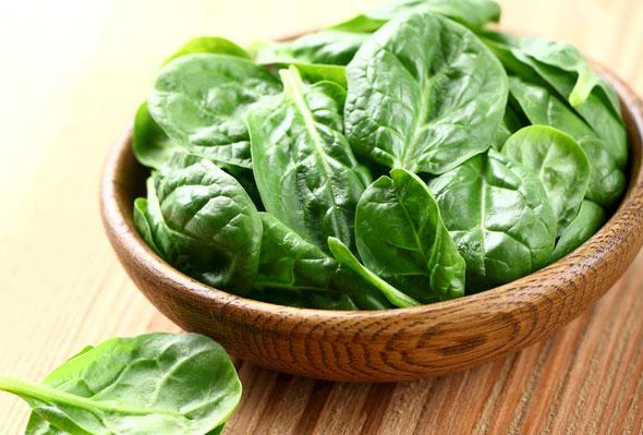 beneficiile spanacului pentru sanatate - reteta smoothie cu spanac