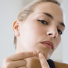 Mituri despre acnee care te impiedica sa ai o piele sanatoasa
