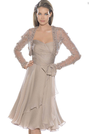Cele mai frumoase rochii de seara pentru noaptea nuntii - Rochie de ocazie sexy cu bolero din dantela - Slide 11 din 23
