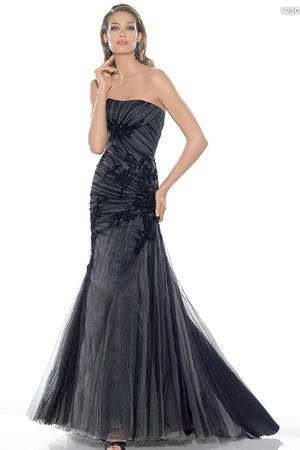 Rochie de seara stil sirena, neagra, cu broderie