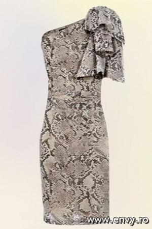 Rochie de ocazie disponibila in magazinele Mango.