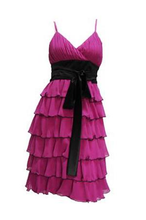 Rochie de ocazie disponibila in magazinele Tienda Fashion.