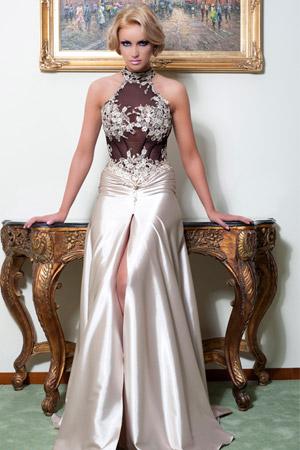 Rochie de ocazie disponibila in magazinele Biensavvy.