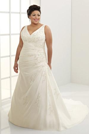 Rochie de mireasa disponibila in magazinele Avangarde Brides, Colectia
