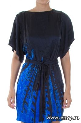 Shopping: top 10 rochii elegante - Intr-o seara de club poti fi o aparitie sexy si totodata eleganta. - Slide 1 din 10