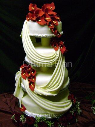 40 modele inspirationale de torturi pentru nunta - Tort realizat de cofetaria Ottima.ro - Slide 1 din 40