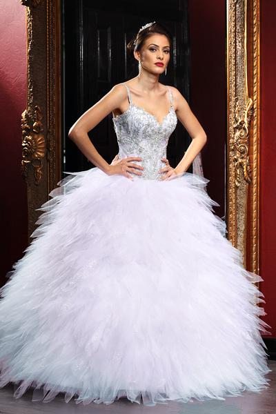 Rochii de ocazie pentru evenimente speciale ♡ Modele spectaculoase de rochii elegante in functie de stilul tau vestimentar: rochii lungi, rochii din dantela, rochii printesa sau rochii sirena ♡ vezi colectia.