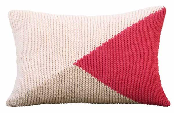 Tendinte: tricotajele, vedete in amenajari - Perne decorative - Slide 1 din 3