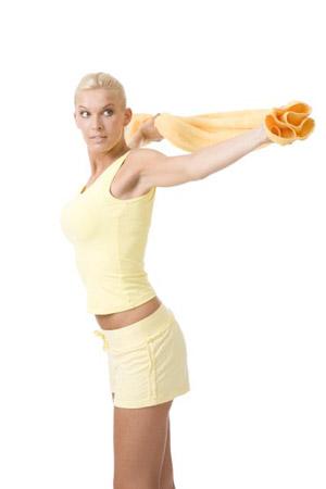 Exercitii pentru mobilitatea bratelor si tonifierea sanilor Prindeti