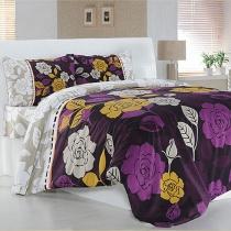 Accesorii din materiale textile pentru o vara colorata
