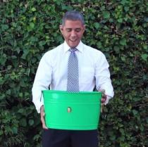 Video viral: Presedintele Barack Obama a acceptat Ice Bucket Challenge. Vezi aici clipul cu el
