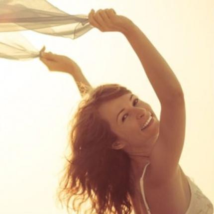 6 OBICEIURI care te vor invata sa fii FERICIT