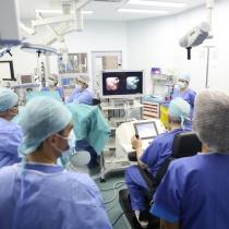 Premiera nationala la Sanador: utilizarea robotului Avicenna in realizarea celei mai putin invazive operatii de litiaza renala