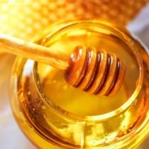 13 moduri in care mierea iti face bine