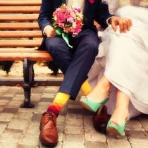 7 modele de pantofi colorati pentru mirese indraznete