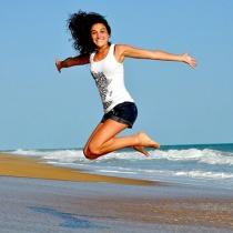 5 Exercitii care iti pregatesc ABDOMENUL pentru plaja
