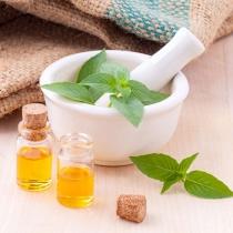 6 uleiuri vindecatoare pentru tenul cu probleme