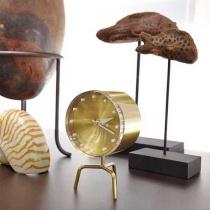 Shopping: accesorii pentru biroul de acasa