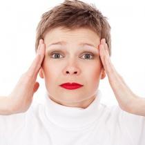 Medicina alternativa: 7 metode de a scapa de durerile de cap fara pastile