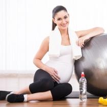 Ramai fit pe parcursul sarcinii. Exercitii pentru prima luna