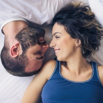 6 lucruri pe care ar trebui sa le faci in fiecare dimineata pentru o relatie mai buna