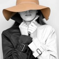 Istoria trenciului - ce nu stiai despre jacheta ta preferata