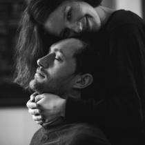 7 Mici fapte cu care barbatii topesc inimile femeilor