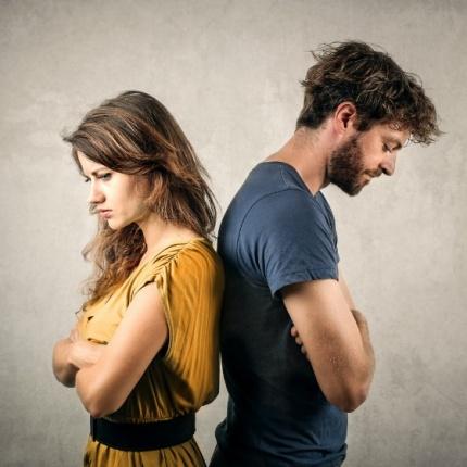 Cinci moduri indirecte prin care iti spune: 'nu te mai iubesc'