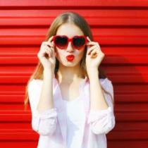 4 lucruri de care orice tipa cool si independenta are nevoie pentru a se descurca singura