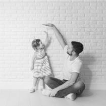 Parerea lui Radu: E greu sa fii un tip cumplit cu un copil jucandu-se langa tine