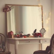 Piese de mobilier pentru coltul tau de frumusete